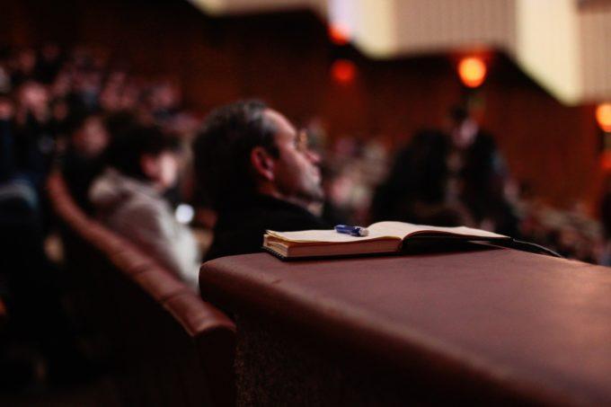 フリーランス対象のおすすめセミナー・講座・コミュニティと注意点を解説